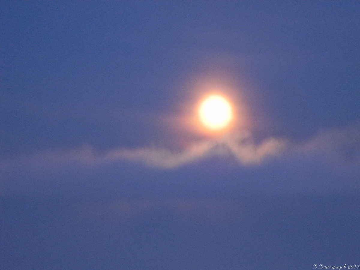 Луна на Байкале. Январь 2017