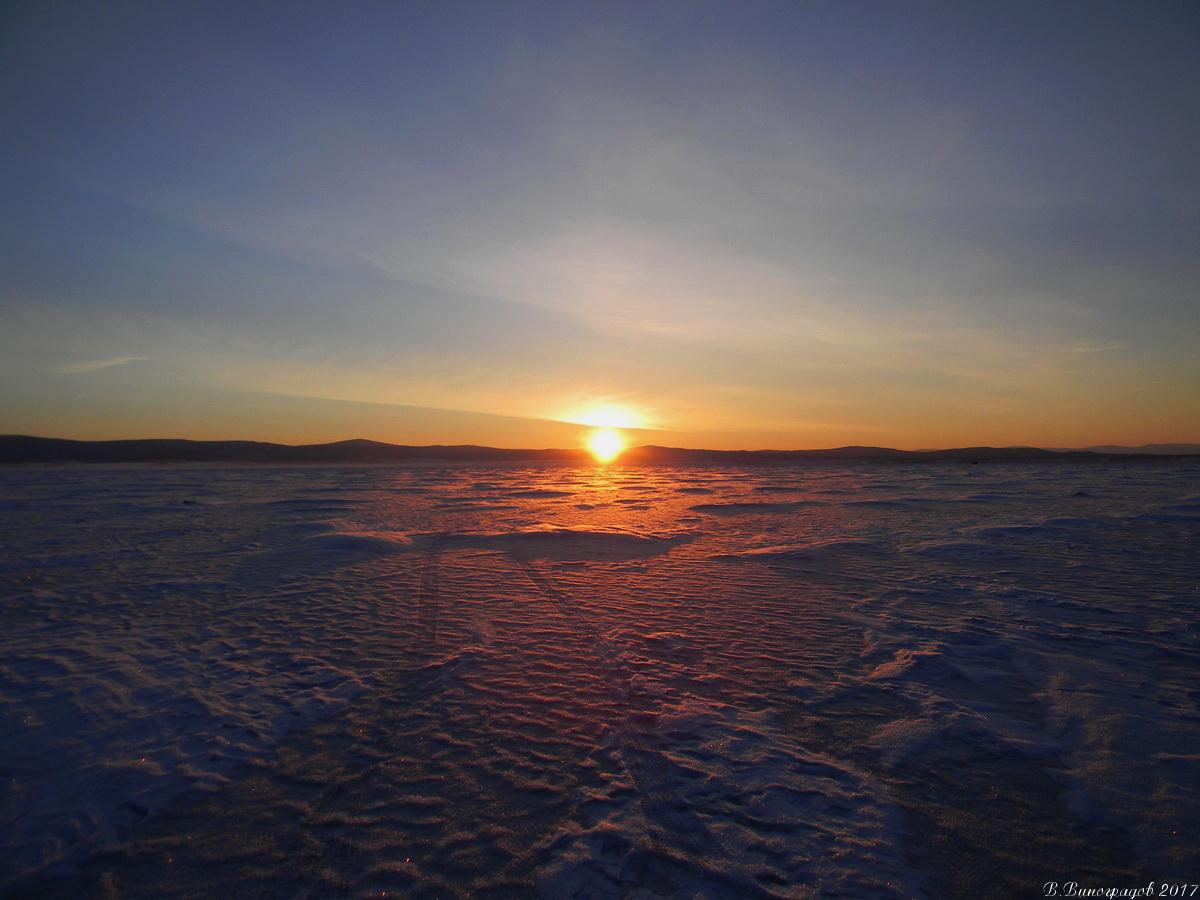Рассвет на Байкале. Январь 2017