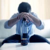 Вывод из запоя: первый шаг в лечении алкоголизма