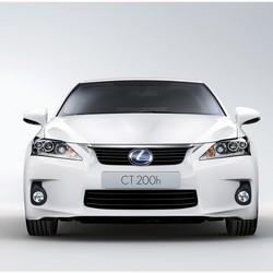 Lexus - CT 200h.